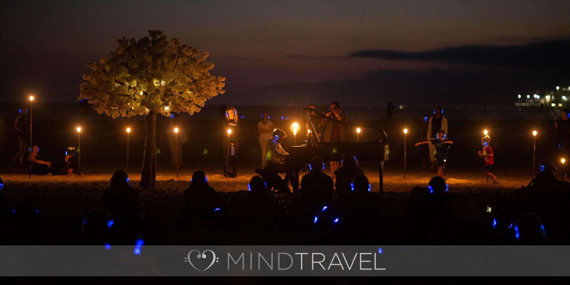 Mindtravel Live To Headphones Silent Piano Experience On Santa Monica Beach