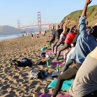 Saturday Groove : Beach Yoga with Julianne!